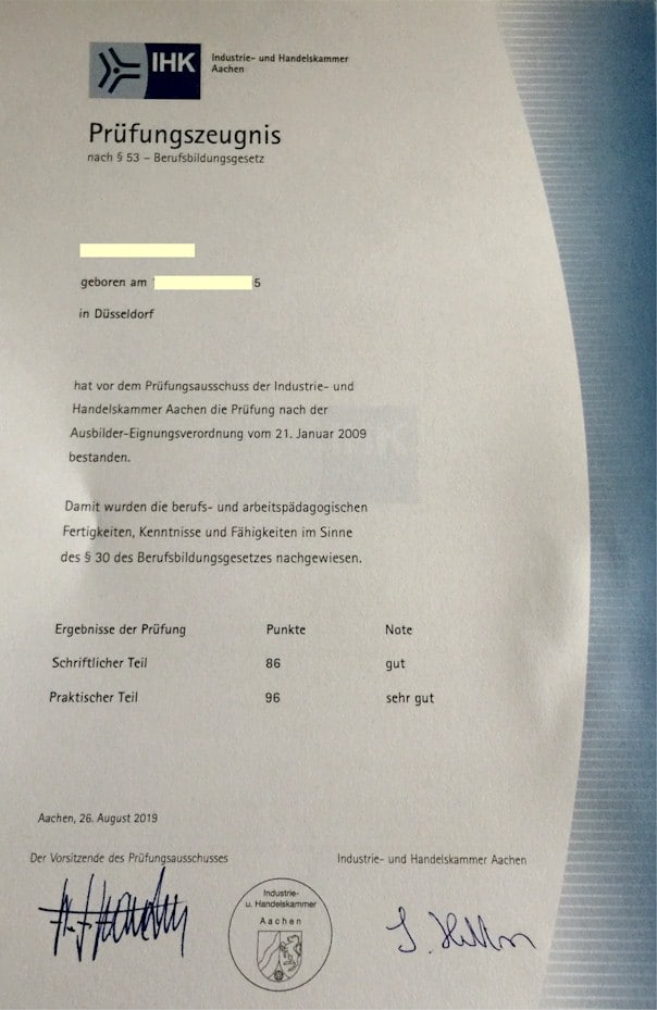 Über solch einen Ausbilderschein freut man sich natürlich auch als AEVO-Dozent: