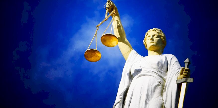 Justitia als Symbolbild: Wie soll das Fachgespräch innerhalb der AdA-Prüfung bewertet werden?
