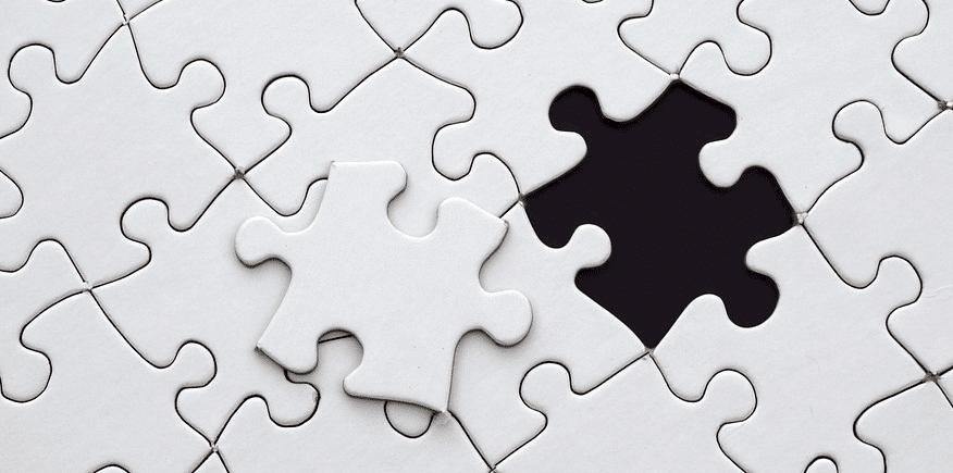 Puzzle, in dem nur noch ein Teil fehlt - als Symbolbild: Nutzen Sie dochLückentexteals Leittextmethode,