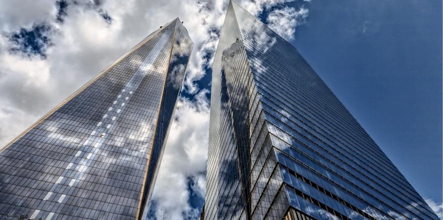 Symbolbild: moderne Hochhäuser