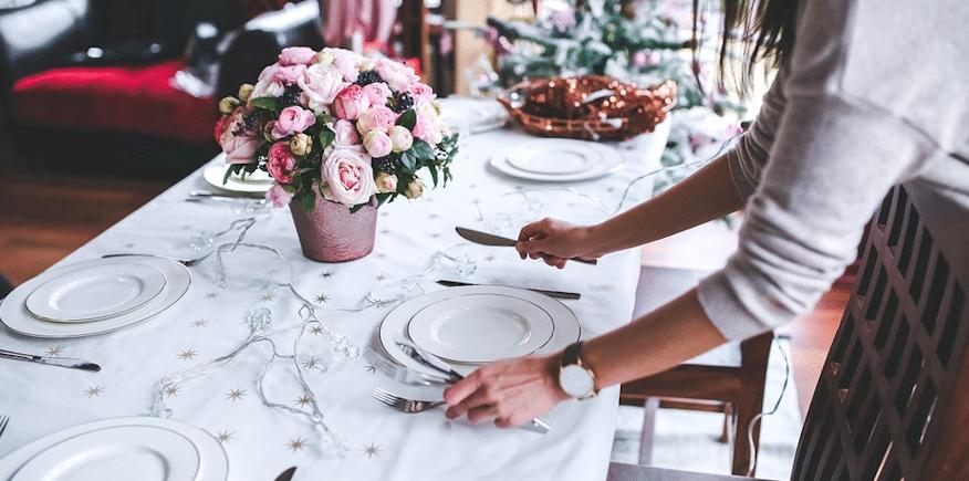 Symbolbild: eingedeckter Tisch